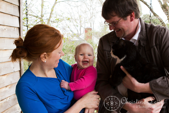 "family portrait, professional, chattanooga, tn, tennessee, ""christine lewis photography"", child, baby, giggle, laugh, cat"