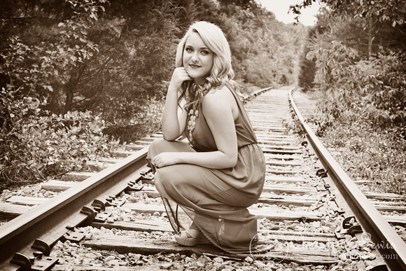"""junior portrait, photo shoot, session, outdoor, natural, girl, """"christine lewis photography"""", railroad, tracks"""