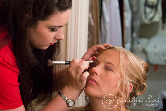 "Atlanta wedding, ""Christine lewis photography"" Chattanooga, TN, professional, getting ready, bride, make up"