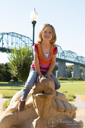 "family photo shoot, portrait session, chattanooga, TN, downtown, coolidge park, ""Christine Lewis Photography"", outdoor, natural, lifestyle photography"