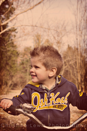 children professional photography portrait photo shoot chattanooga, TN Dunlap boy vintage